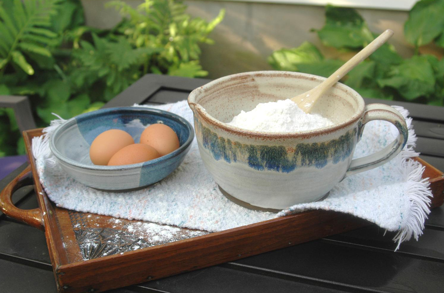 nw-eggs-and-batter-bowl